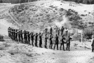 Расстрел евреев в Мерликовой балке 1941 год.